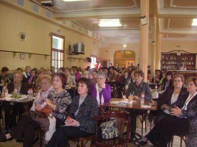 20100510184548-xiv-jornada-mujer.jpg1.jpg