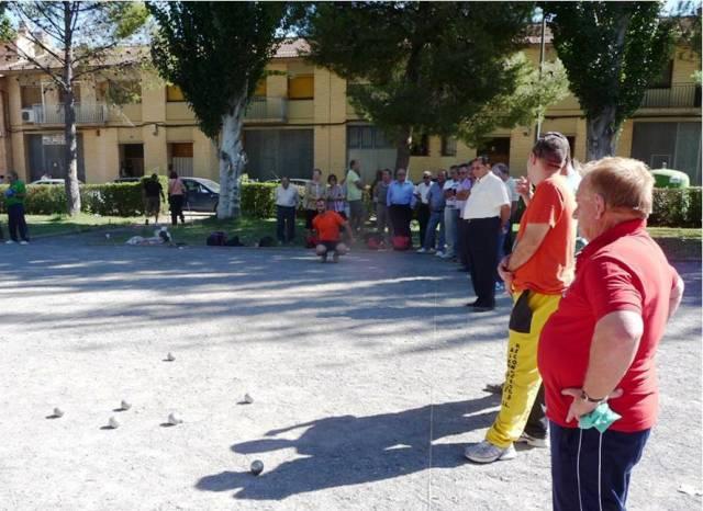 20121001221811-espectacion-en-la-petanca.jpg