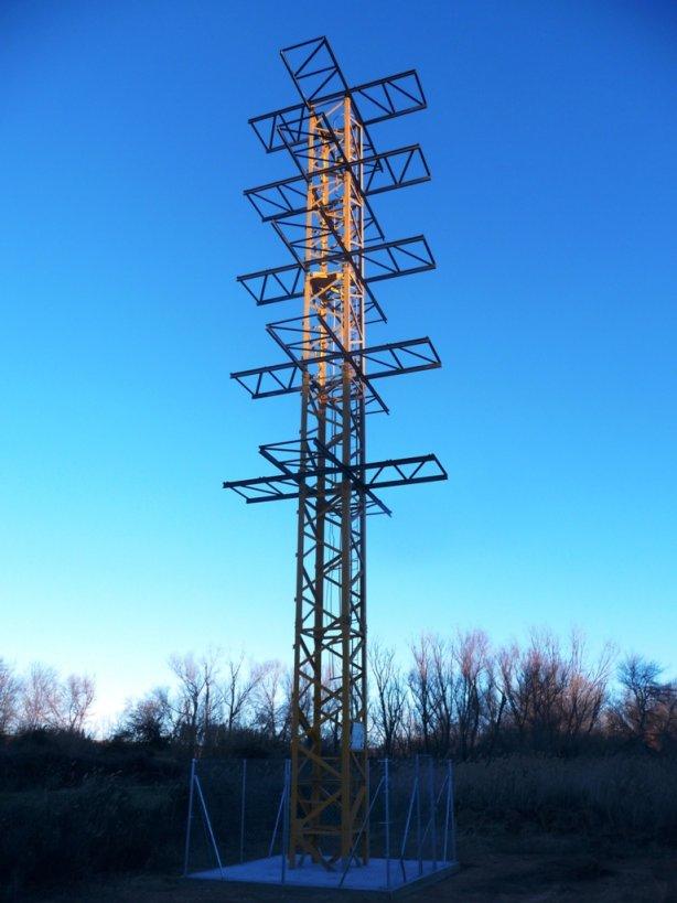 20150114203643-torre-para-ciguenasreduci.jpg